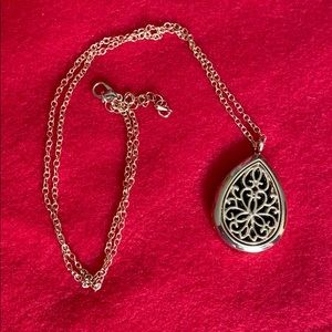 Jewelry - Teardrop Gold Diffuser Necklace